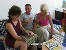 Сын трахается с мамой и теткой