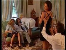 Дамы трахаются с мужиками