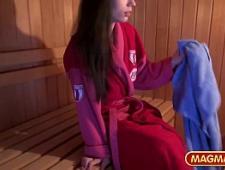 Взрослая напоила и соблазнила в бане фото 42-757