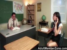 Ебут студенток преподы после занятий