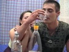 Пьяная сучка любит анал
