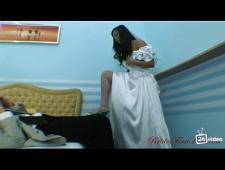 Трахнул невесту не снимая платье