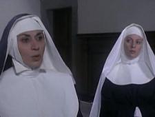 Монашки трахаются в тайной комнате