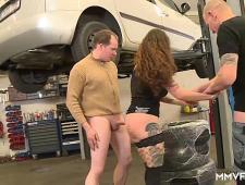 Мужики заказали проститутку на работу