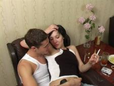 Трахнул русскую студентку на хате